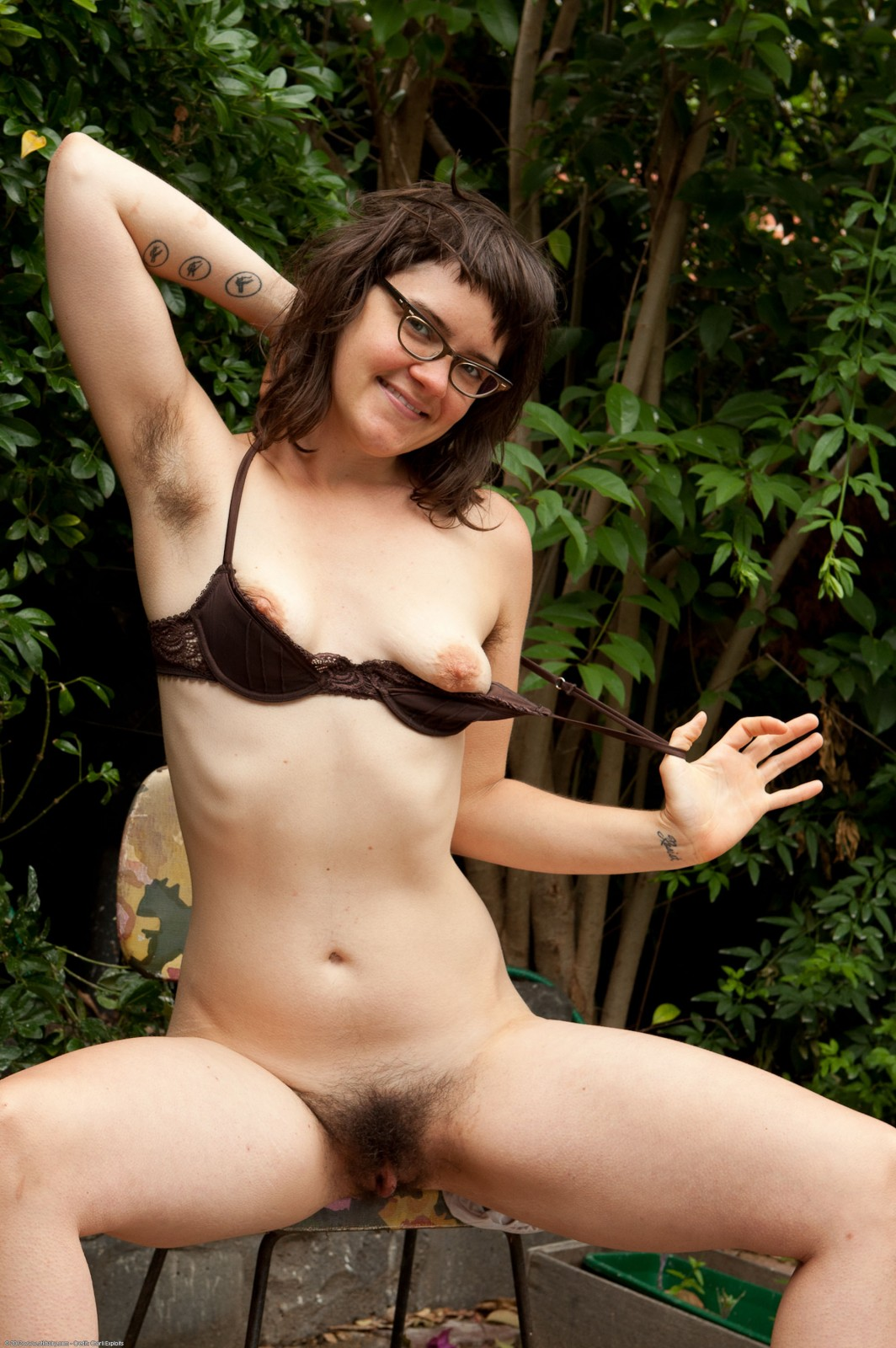 CUTE CHUBBY TEEN GIRL NUDE